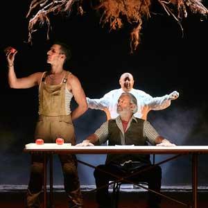 'Dentro de la tierra' de Paco Bezerra, una fábula que participa de la magia con crueldad, amor y humor