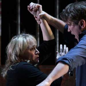 El Teatro Real lleva a escena 'Street Scene' la fusión entre ópera y teatro musical de Kurt Weill.