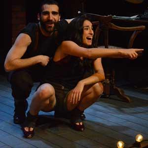 Sanchis Sinisterra juega a imaginar un futuro que no ocurrió con 'El lugar donde rezan las putas'.