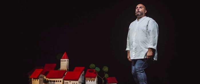 Finalizada: Entradas por solo 10€ para la comedia 'El pueblo de los Mellados' en los Teatros Luchana