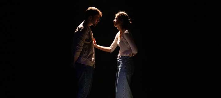 Entradas a 12€ para 'Yo, NUNCA' en el Teatro Lara