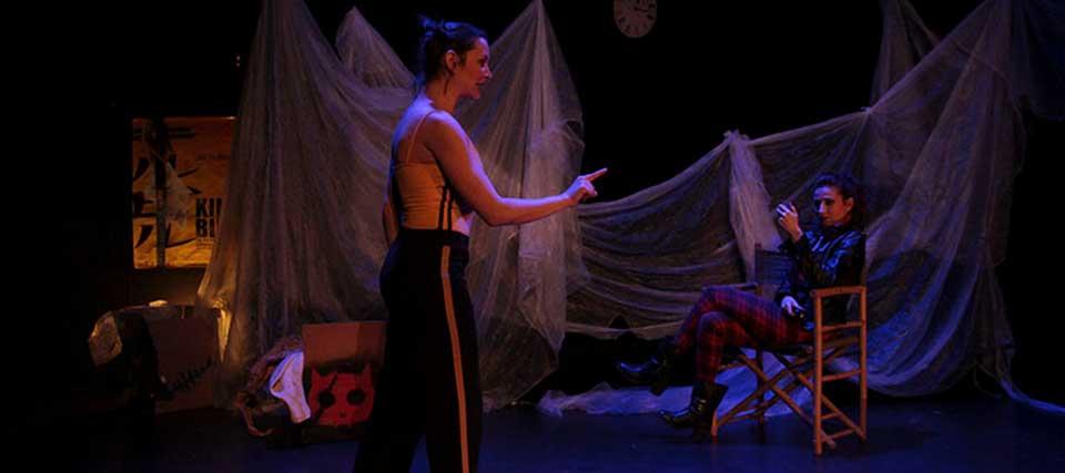 Finalizada: Entradas a 10€ para 'La mujer que siempre estuvo allí' en los Teatros Luchana