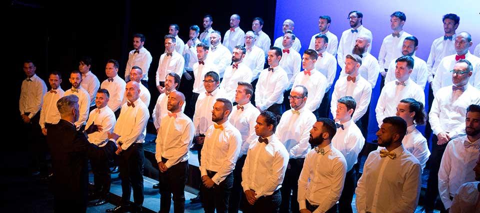Coro de Hombres Gays de Madrid: América!