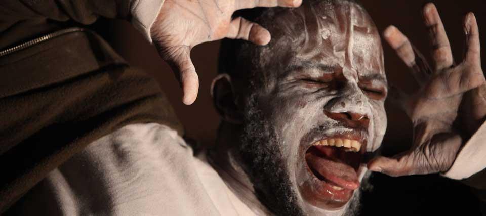 Faustin Linyekula/Studios Kabako: Sur les traces de Dinozord