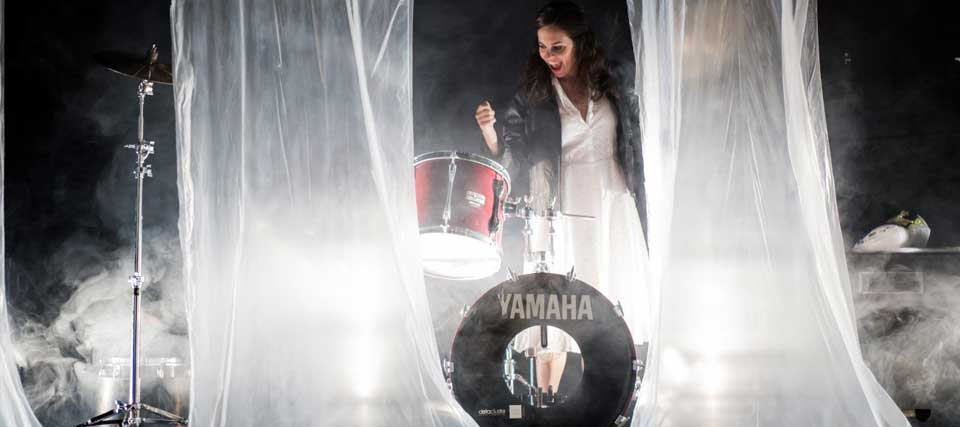 Finalizada: Entradas a 10 euros para 'Descarriadas' en los Teatros Luchana