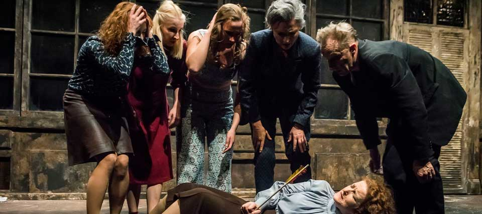 Jo Strømgren / Lithuanian National Drama Theatre: The Door