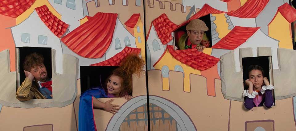 Entradas a partir de 9 euros para 'Nora y el dragón' en los Teatros Luchana
