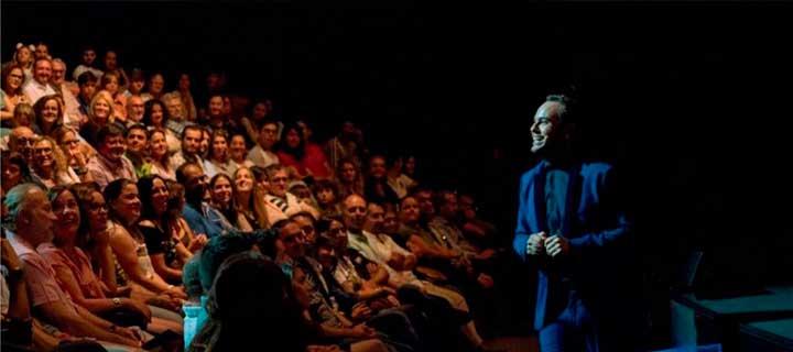 Entradas a 15€ para el espectáculo de Jorge Blass 'Efímero Live' en el Teatro Marquina