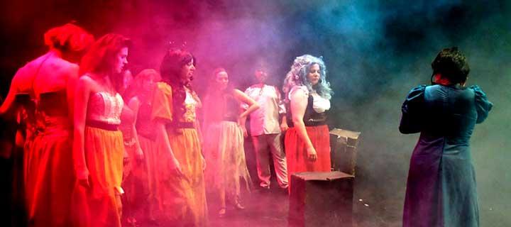 La Barbarie Teatro Musical: Los Miserables